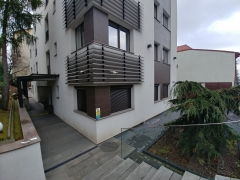 Rulouri exterioare bloc în Manastur, Cluj