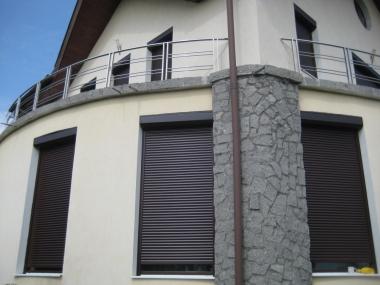 Rulouri exterioare casă rezidențială strada Maramureșului, Cluj